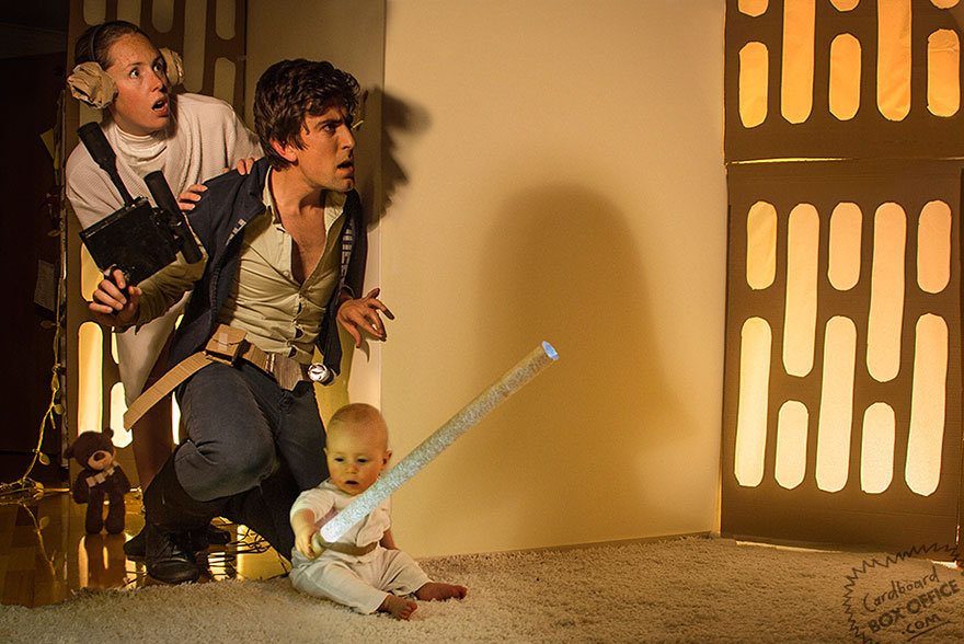 famous-movie-scenes-baby-photography-cardboardboxoffice-1