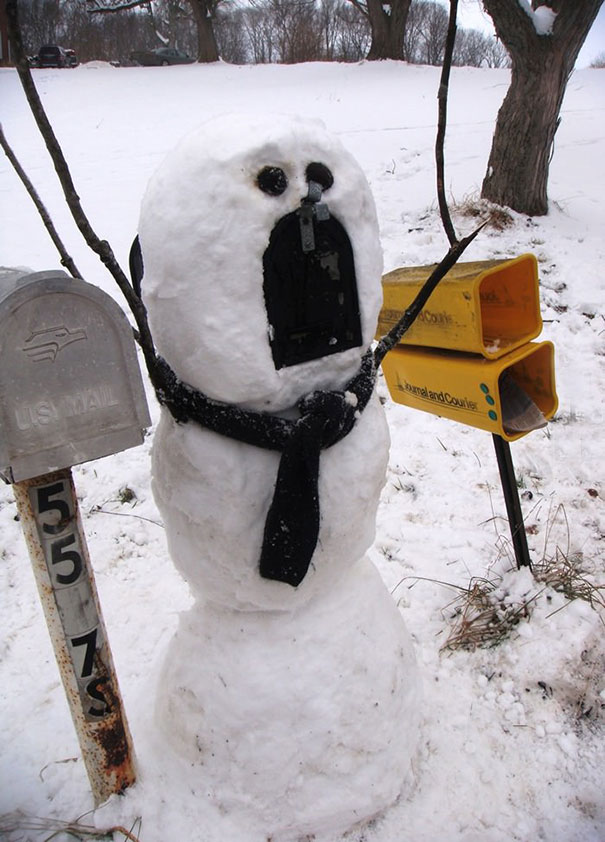 creative-funny-snowman-ideas-24