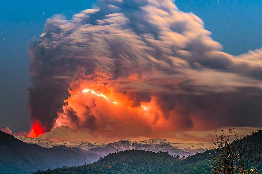 erupted-volcano-chile-francisco-negroni-3
