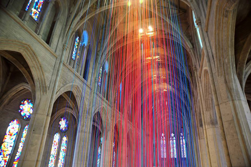 graced-with-light-ribbon-installation-grace-cathedral-anne-patterson-1