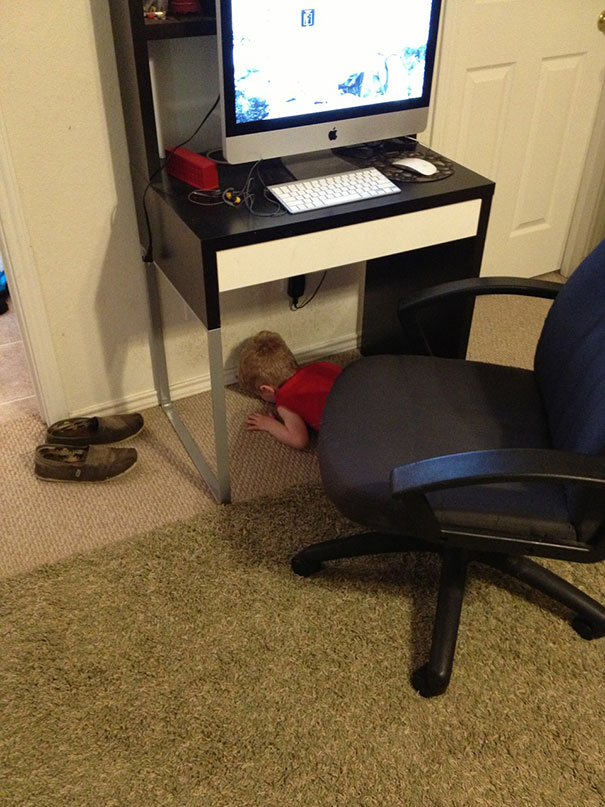 hide-and-seek-funny-kids-15