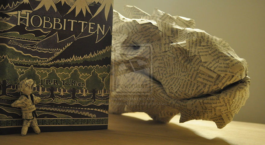 paper-sculpture-smaug-the-dragon-hobbit-fartoomanyideas-4