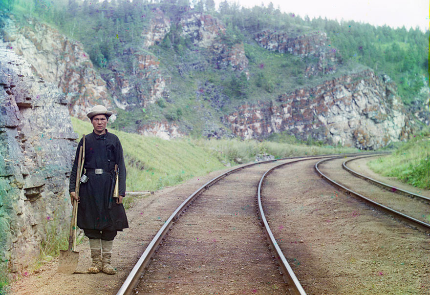 colored-vintage-photos-russia-24