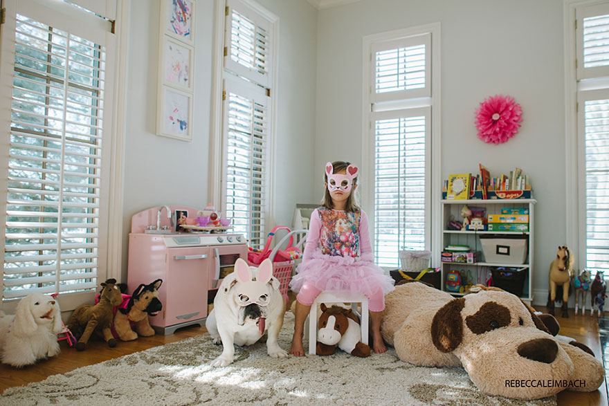 girl-english-bulldog-friendship-photography-lola-harper-rebecca-leimbach-10