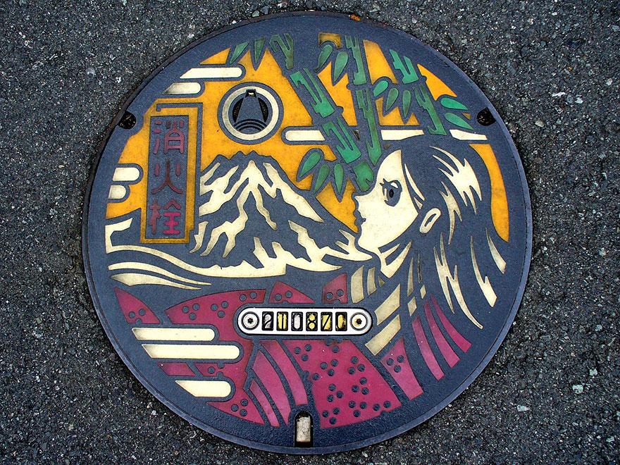 japanese-manhole-covers-5