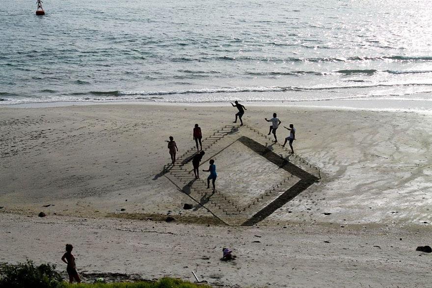 3d-optical-illusion-sand-art-jamie-harkins-5