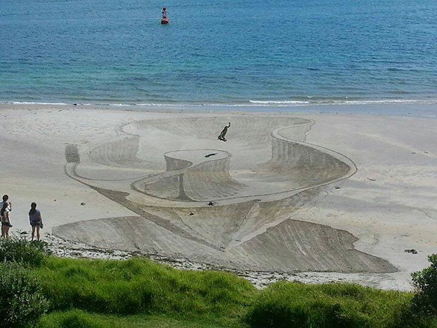 3d-optical-illusion-sand-art-jamie-harkins-9