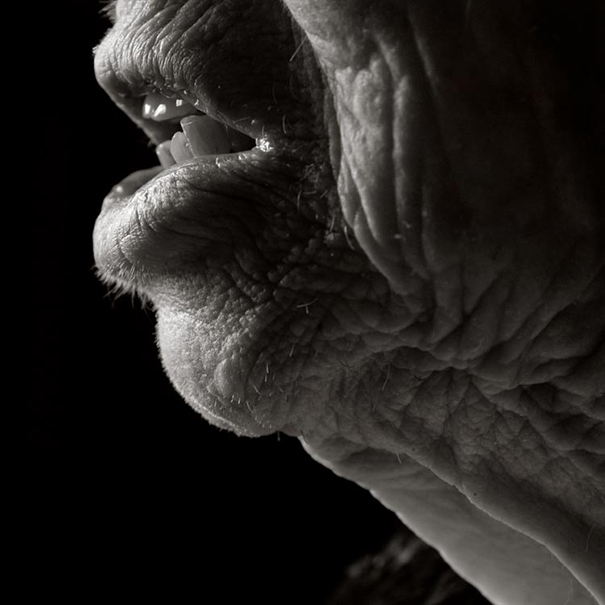 aged-human-body-100-years-old-centenarians-anastasia-pottinger-13