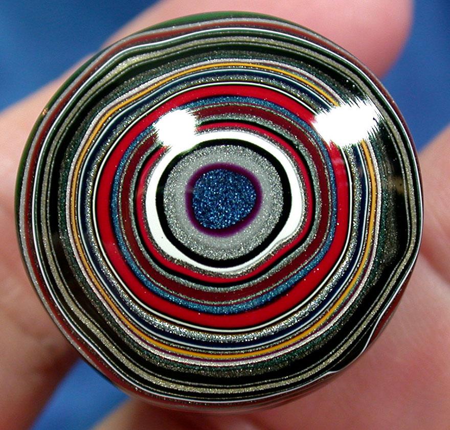 fordite-detroit-agate-car-paint-stone-jewel-11