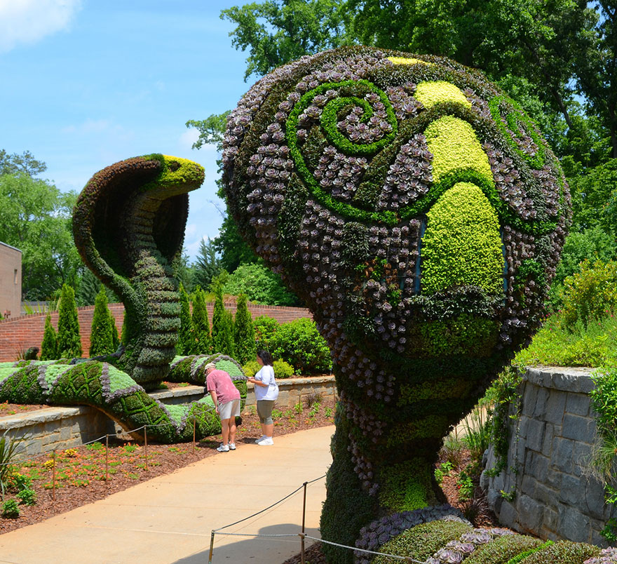 plant-sculptures-imaginary-worlds-atlanta-botanical-garden-8