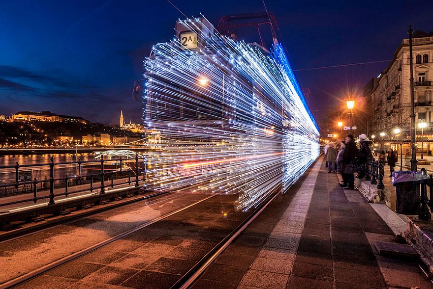 budapest-christmas-tram-1