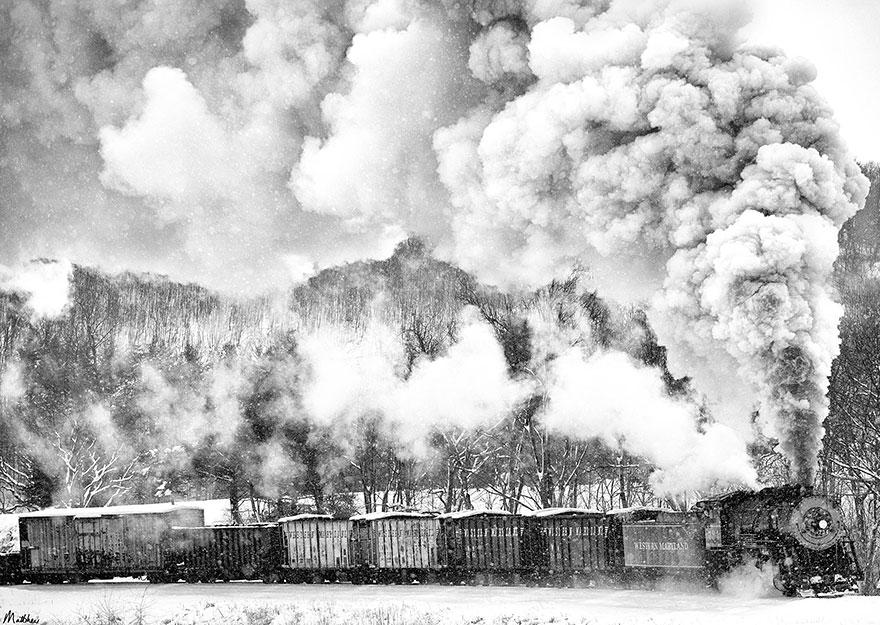 train-photos-matthew-malkiewicz-2