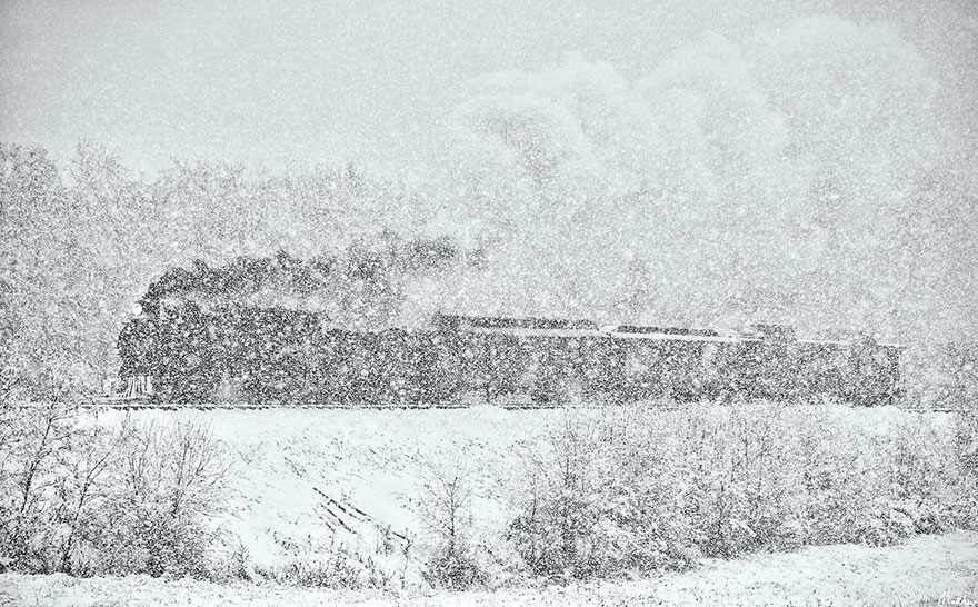 train-photos-matthew-malkiewicz-6