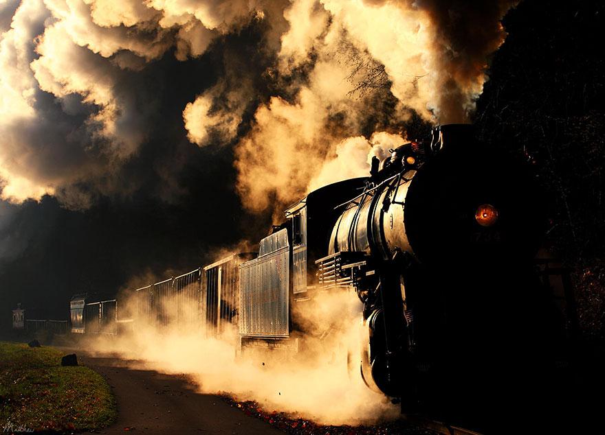 train-photos-matthew-malkiewicz-9