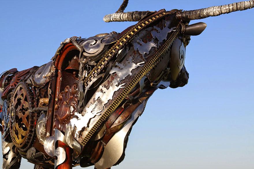 -chatarra soldada de metal-esculturas-john-lopez-11