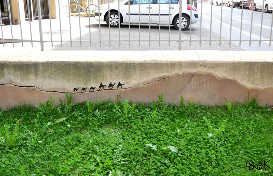 creative-street-art-oakoak-2-44