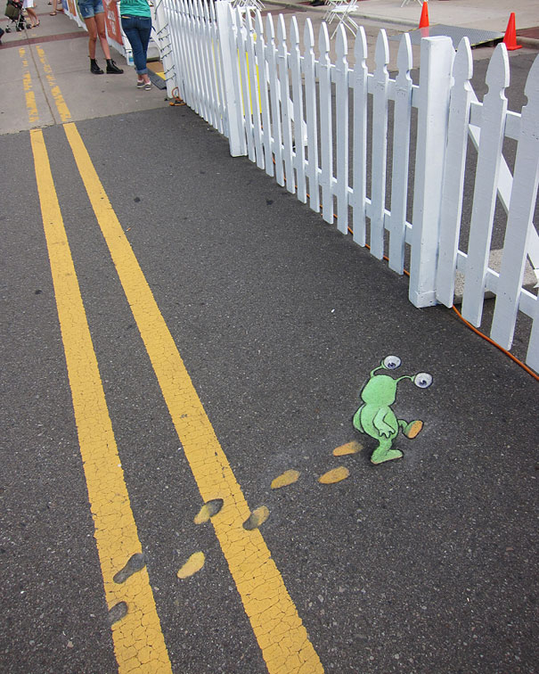sluggo-chalk-drawings-street-art-david-zinn-1