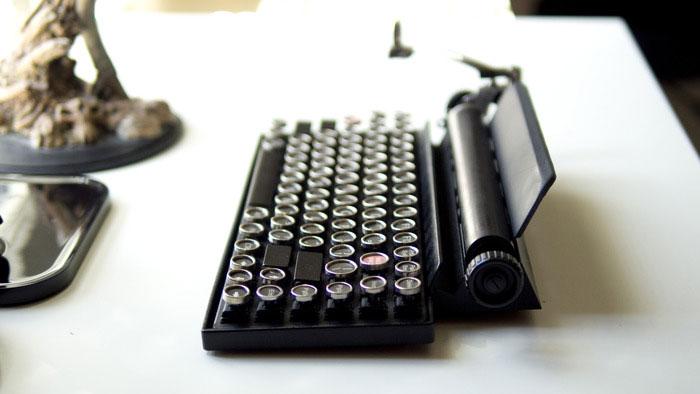 vintage-typewriter-qwerkywriter-usb-keyboard-brian-min-2