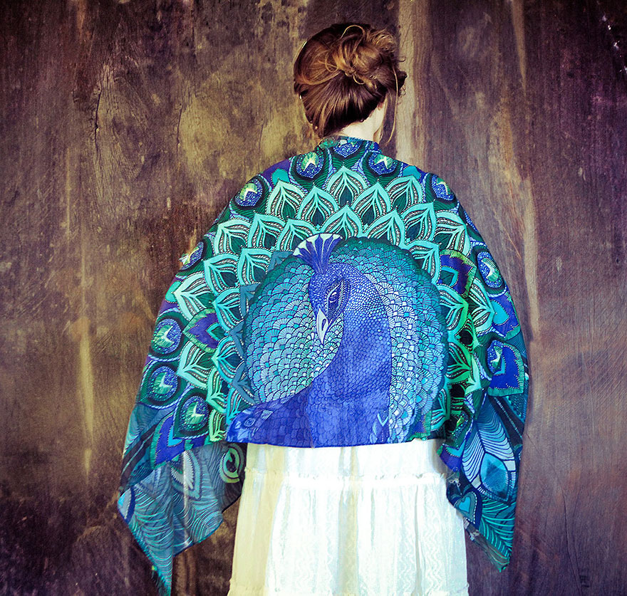 bird-scarves-wings-feather-fashion-design-shovava-3