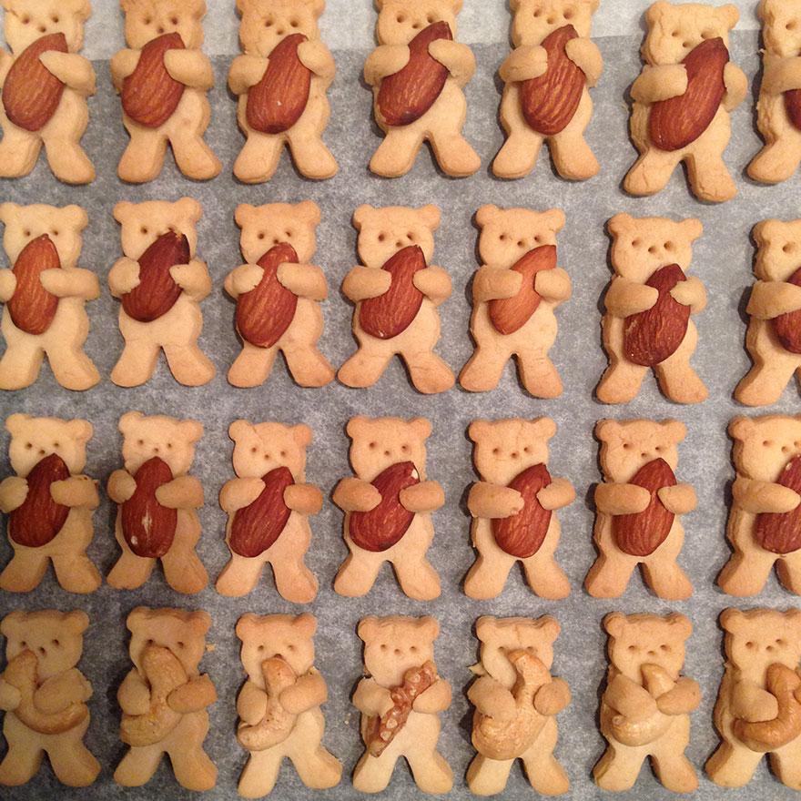 cute-hugging-bear-cookies-maa-tamagosan-12