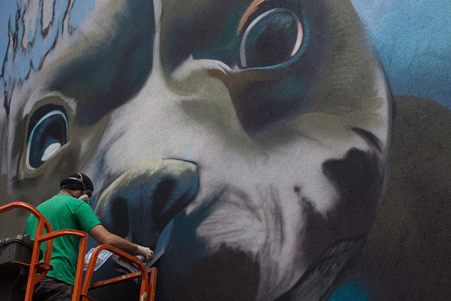 diving-dog-street-art-mural-smates-bart-smeets-3