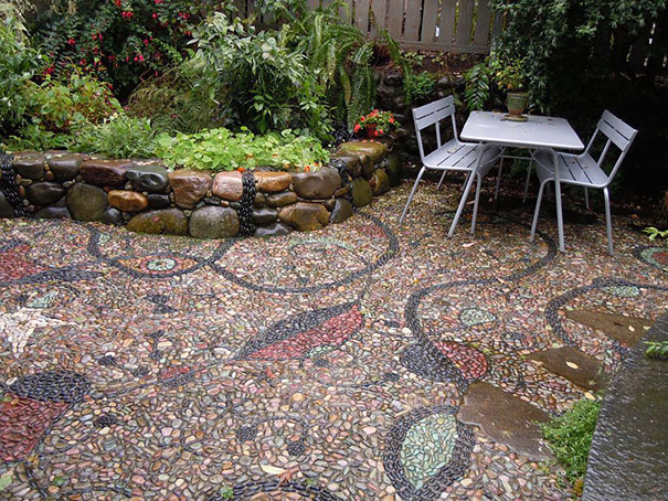 garden-pebble-stone-paths-16