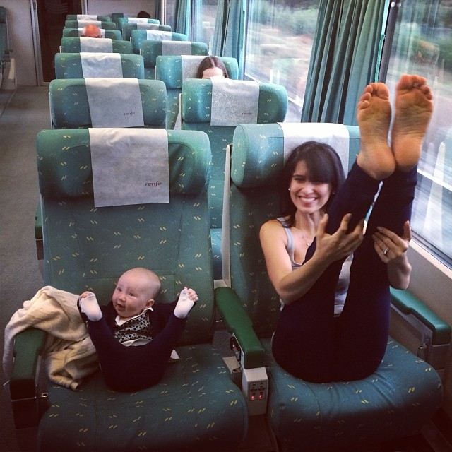 like-mother-like-daughter-funny-photography-54