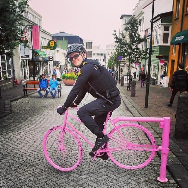 police-instagram-logreglan-reykjavik-iceland-2
