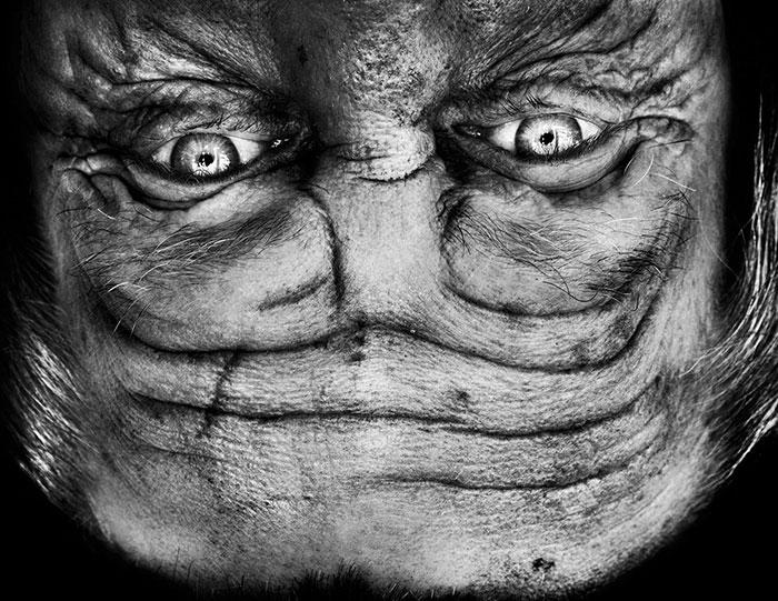 upside-down-portraits-alienation-anelia-loubser-11