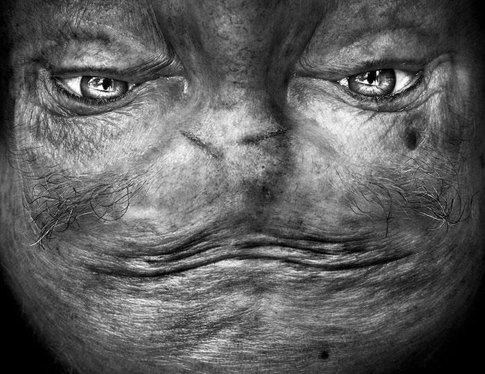 upside-down-portraits-alienation-anelia-loubser-1
