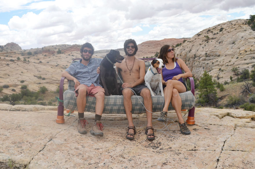 three-friends-two-dogs-one-futon-roadtrip-photos-2