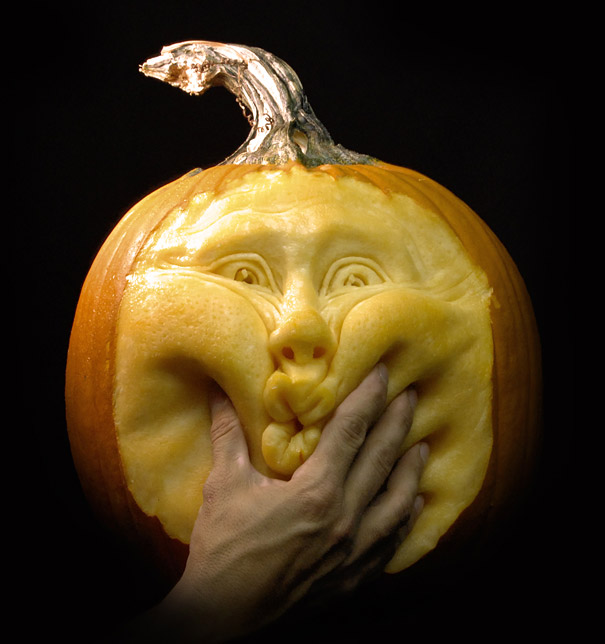 Website  villafanestudios com Facebook  Ray MasterofPumpkinsAwesome Easy Pumpkin Carvings