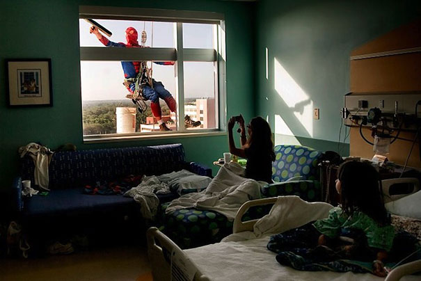 Window Cleaners Dress up as Super Heroes to Cheer Up Kids at Hospital