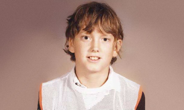 Celebrities When They Were Young (22 pics)