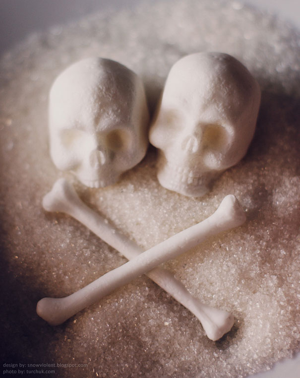 sugar-skulls-snow-violent-1