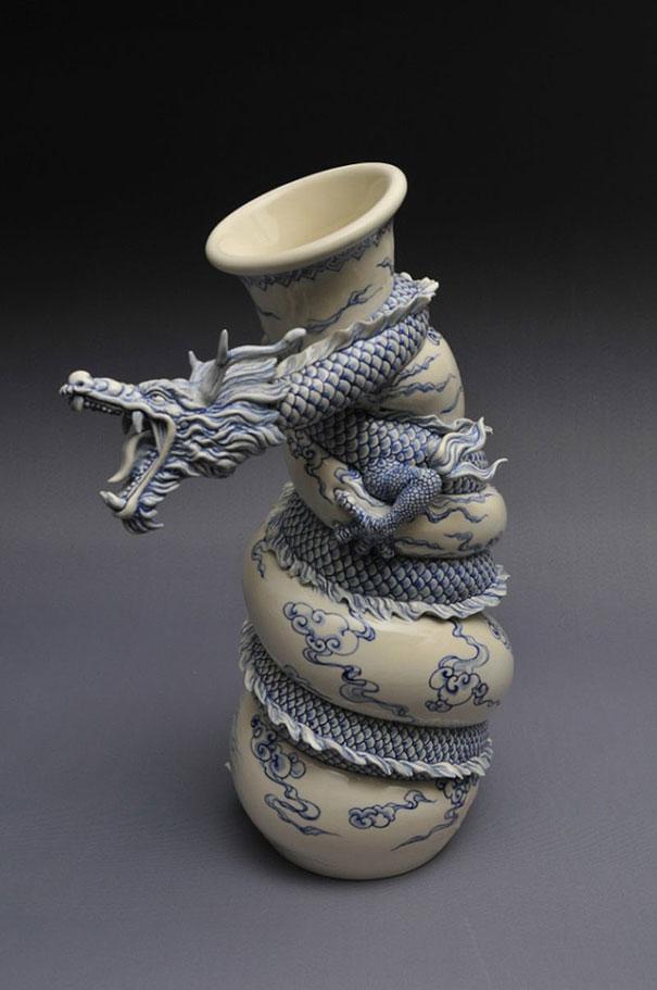 chinese-dragon-vase-painful-pot-johnson-johnson-tsang-48