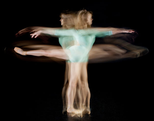 14 Long-Exposure Photographs Showing Ballet Dancers Slicing Through Space