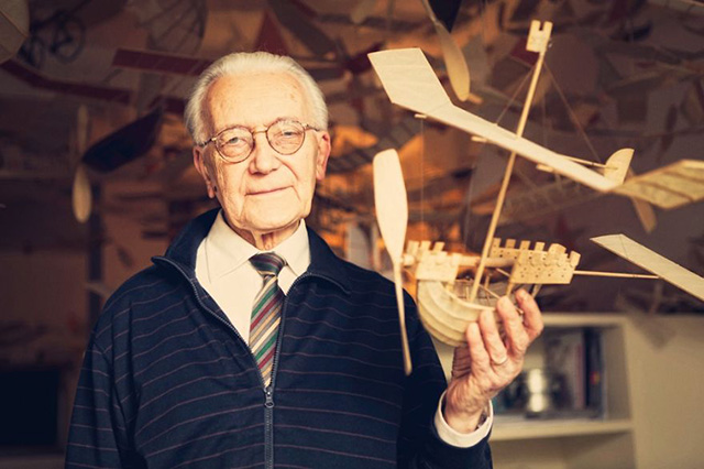 83-Year-Old Architect Creates Fleet Of Ships That Float Through The Sky