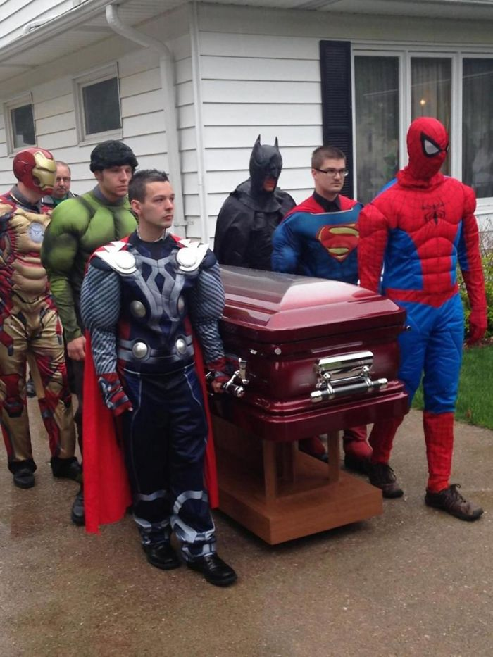 5-year-old Cancer Victim's Funeral Casket Is Carried By His Favorite Superheroes