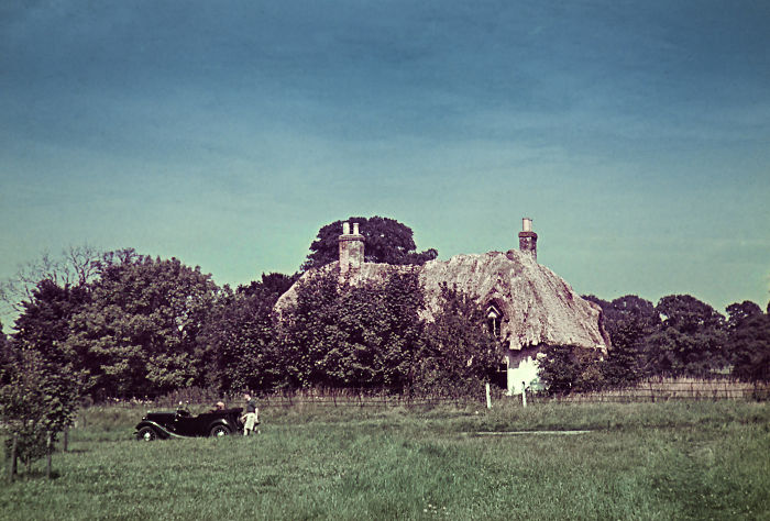 Long-lost Honeymoon Photos From 1939 Show A Peaceful England Just Weeks Before WWII
