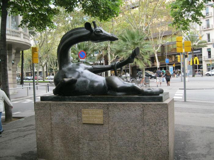 The Charming Giraffe – Jose Granyer – Barcelona