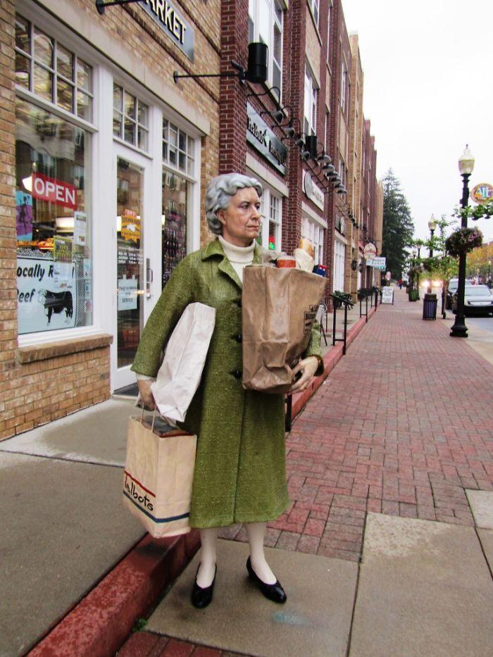 Carmel, Indiana Shopper
