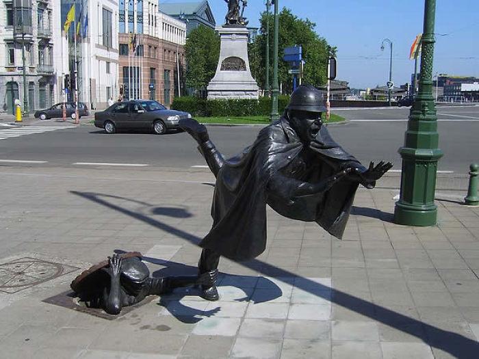 Brussels, Belgium, Square Sainctelette