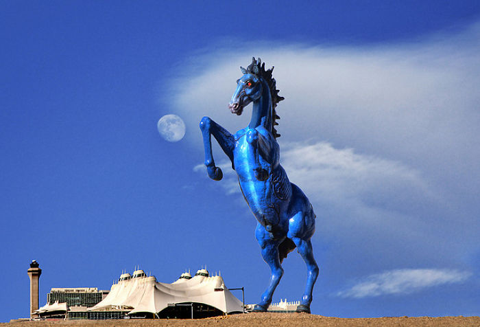 """Blue Mustang - Denver International Airport - 32ft 900lb- Many People Call It """"devil Horse"""""""