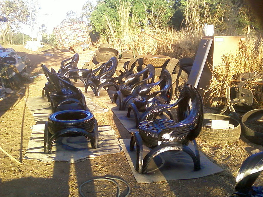 furniture-recycled-tires-claudio-mota-4