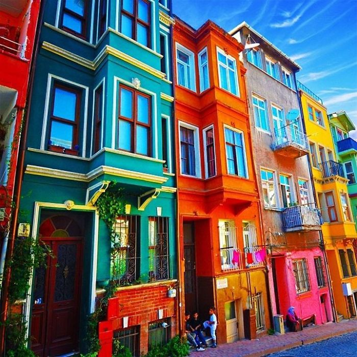 Post The World S Most Colorful Buildings Bored Panda