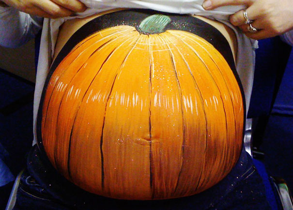 pregnant-bump-painting-carrie-preston-12