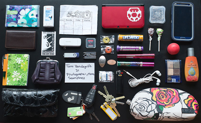 In Her Handbag: A Collection Of The Personal And Mysterious Contents Of A Ladies Bag