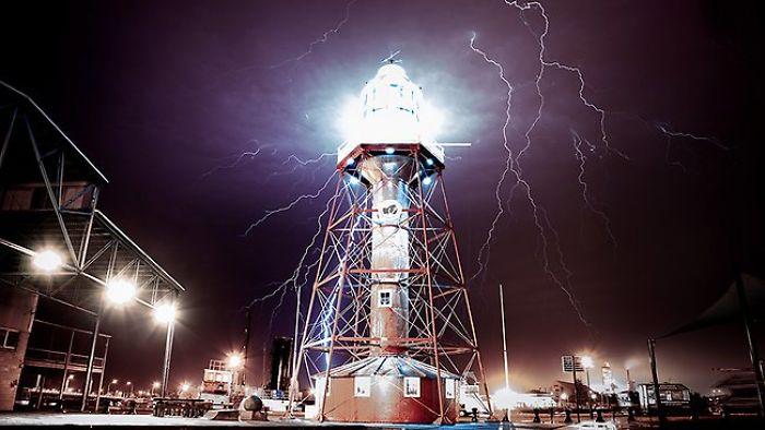 Port Adelaide Lighthouse Australia, Lighting Storm