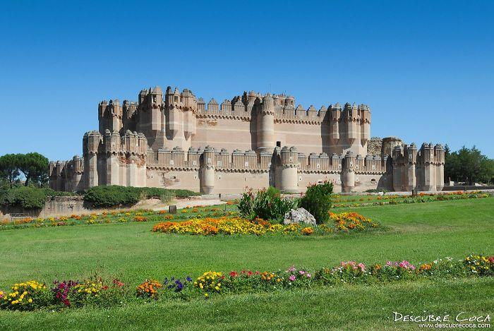 Castillo Mudejar De Coca. Segovia (españa)